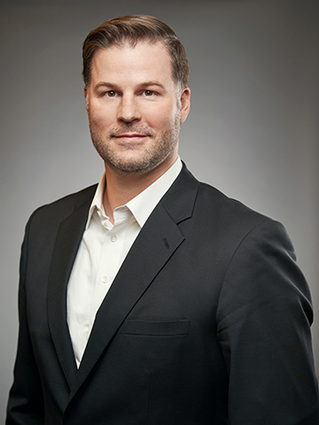 Jason  Travis